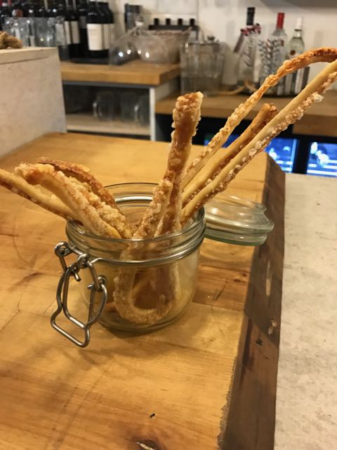 out-in-brum-at-21-restaurant-scratchings